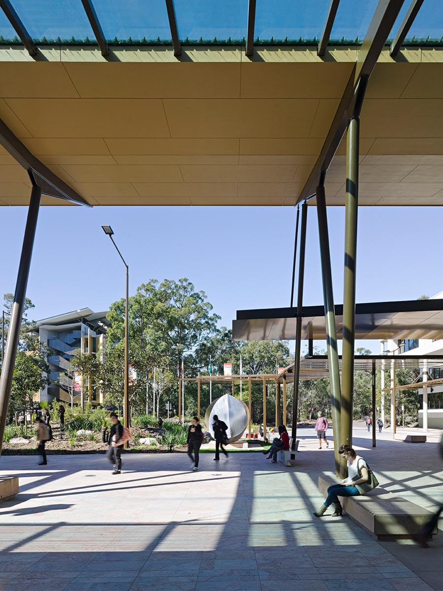 Griffith University Nathan Campus © Christopher Frederick Jones