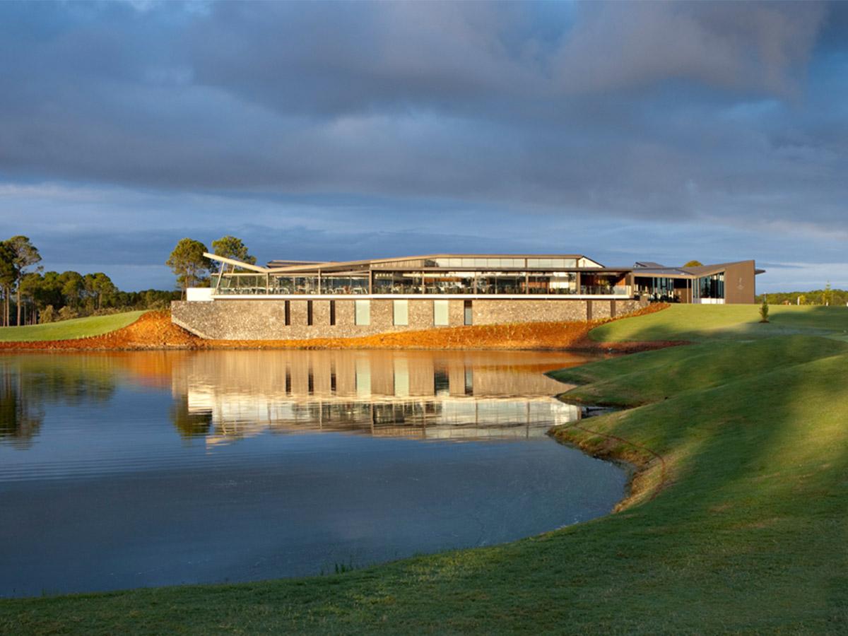 Sanctuary Cove Golf Club © Christopher Frederick Jones