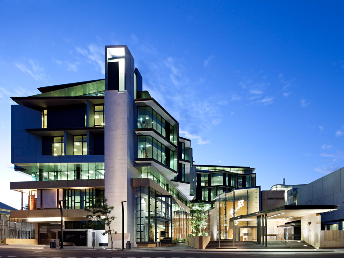Ipswich Justice Precinct © Christopher Frederick Jones