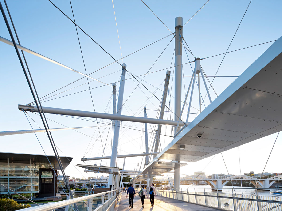 Before Blight Rayner - Kurilpa Pedestrian Bridge © Christopher Frederick Jones